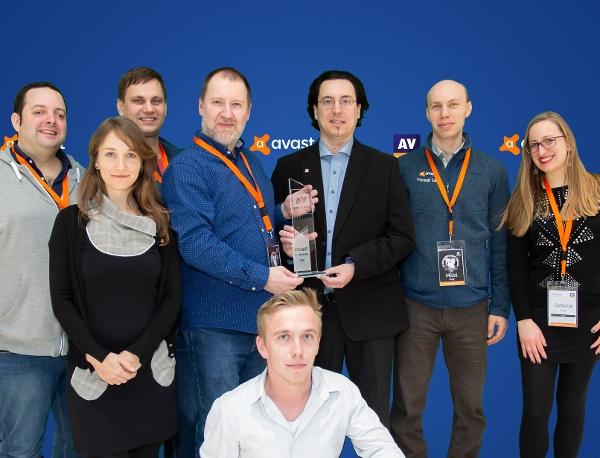 Avast gana el Producto del Año de AV-Comparatives.